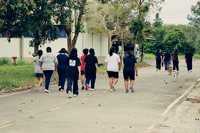 เดินเร็วออกกำลังกาย